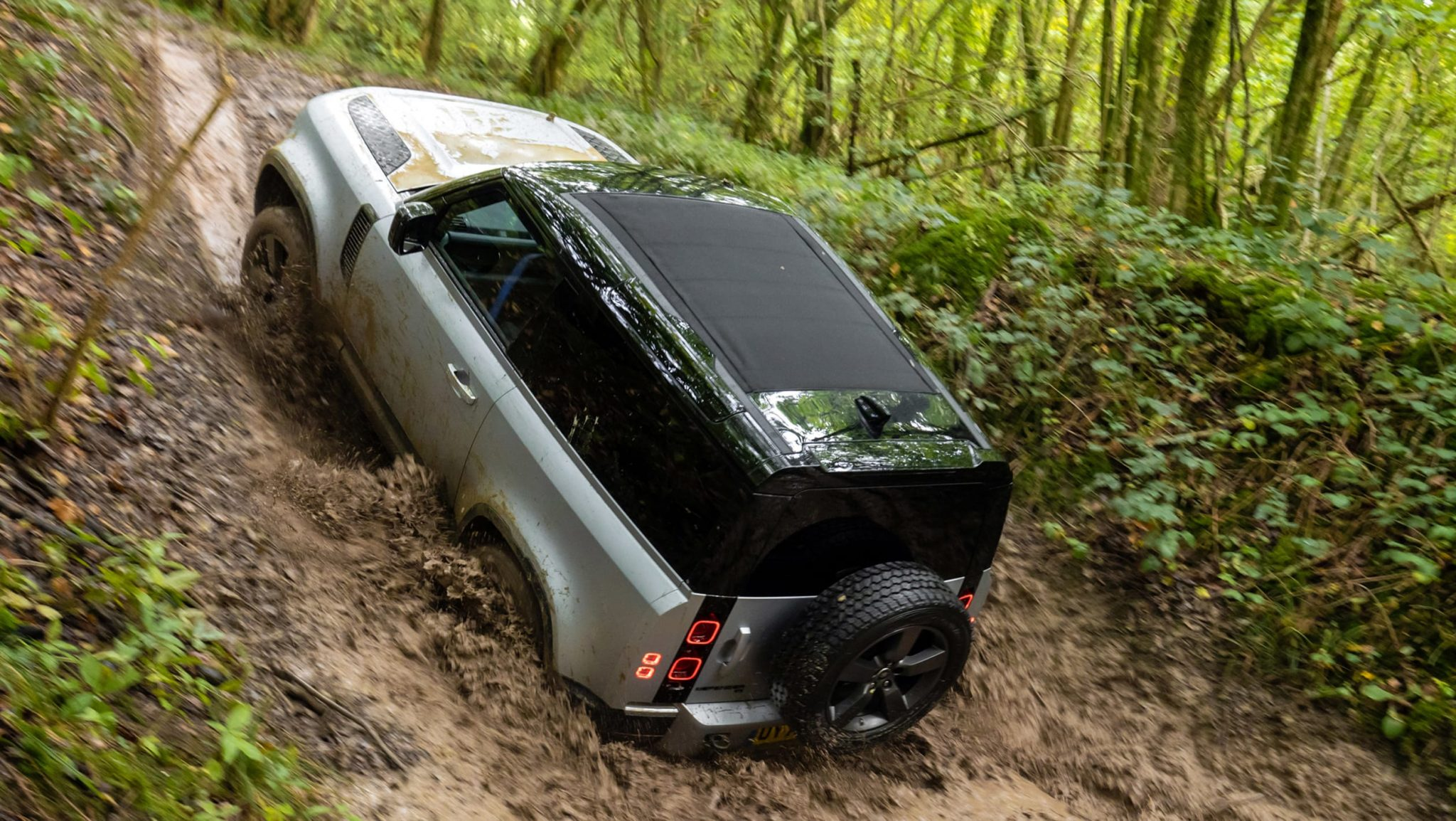 2021 Land Rover Defender 90 Off-Road Review - Automotive Daily