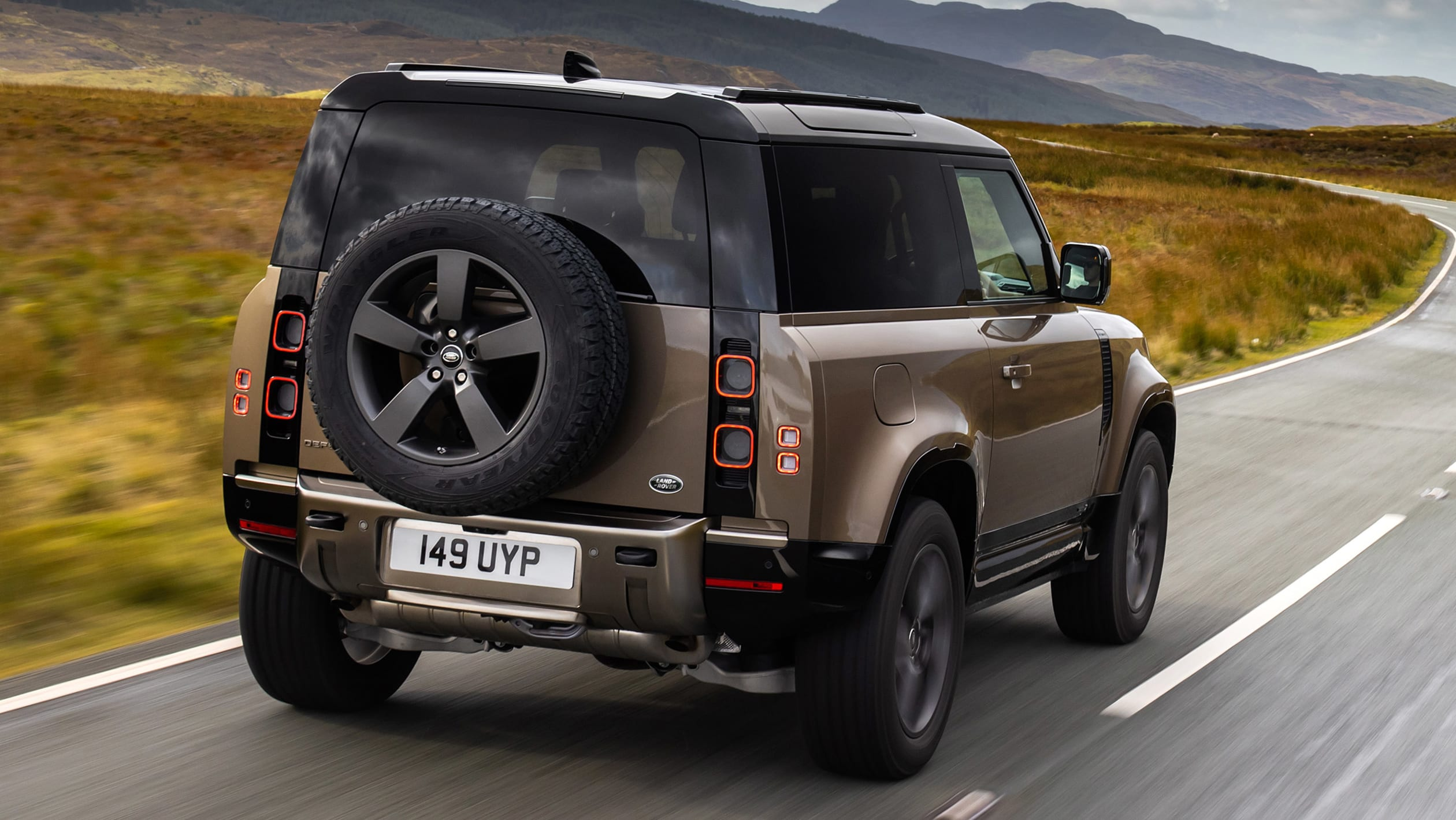 2021 Land Rover Defender 90 P400 review - Automotive Daily