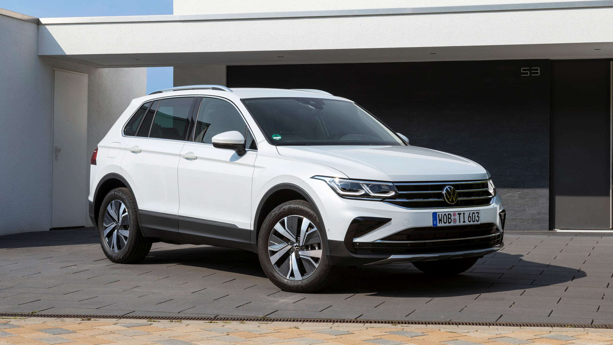 2021 Volkswagen Tiguan eHybrid review - Automotive Daily