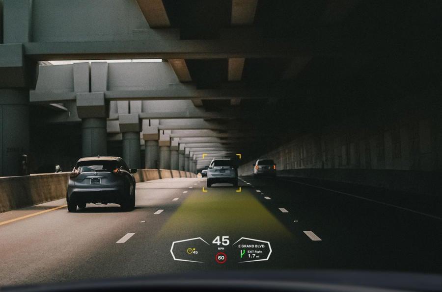 envisics dashboard automatic cruise control 02