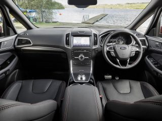 9 ford s max hybrid 2021 uk fd dashboard