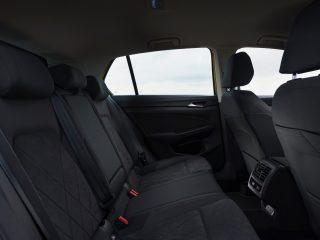 VW Golf eTSI drive 2021 2