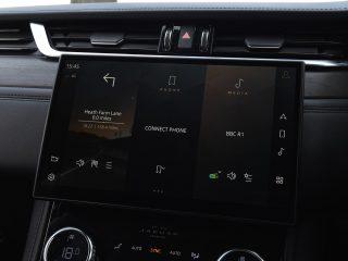 Jaguar F Pace vs Volvo XC60 18