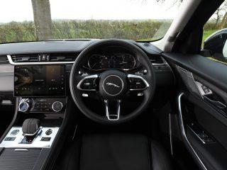 Jaguar F Pace vs Volvo XC60 19