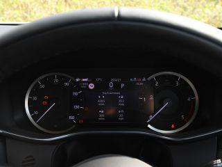 Jaguar F Pace vs Volvo XC60 20