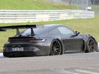 Porsche 911 GT3 RS 992 spy 3