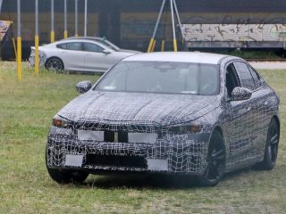2022 BMW 5 i5 spy pics 3