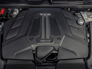 Bentley Bentayga Hybrid 2021 review 10