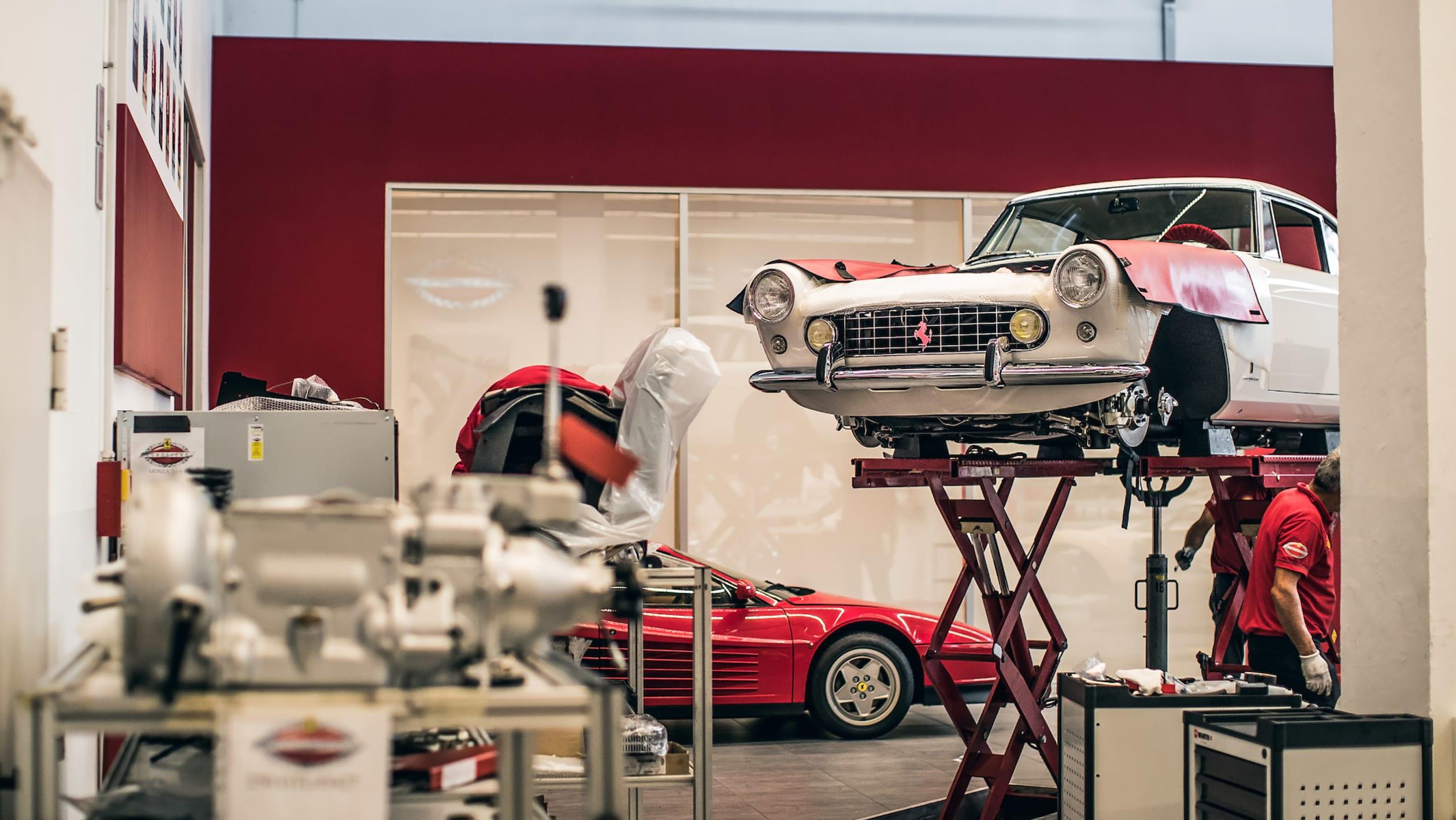 Ferrari Classiche 19