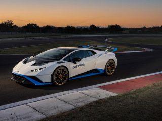 Lamborghini Huracan EVO 2021 review 13
