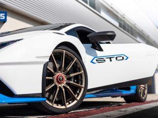 Lamborghini Huracan EVO 2021 review 4