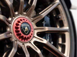 Lamborghini Huracan EVO 2021 review 5