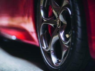 Alfa Romeo Giulia alloy wheel