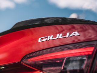Alfa Romeo Giulia badge