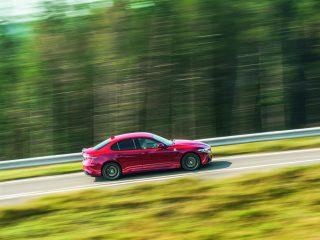 Alfa Romeo Giulia side driving