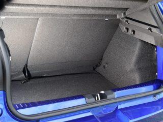 Dacia Sandero vs Ford Fiesta 31