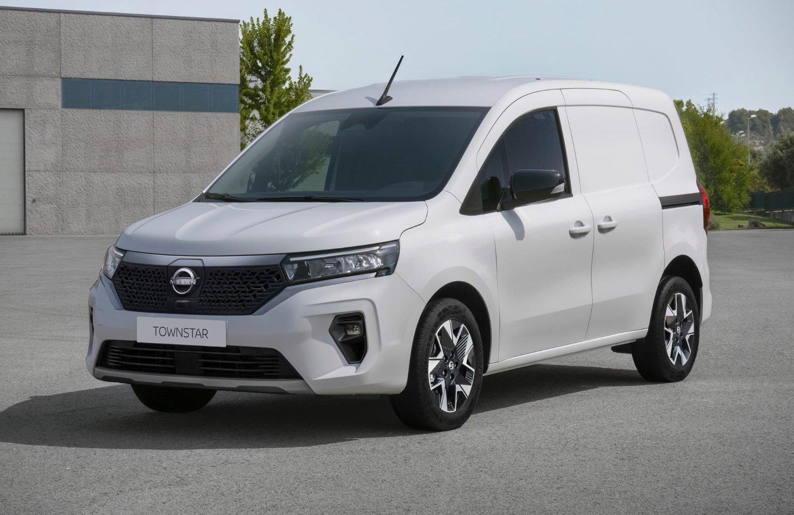 2021 Nissan Townstar 4