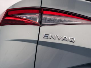 80 enyaq vs ioniq 5 2021 skoda rear lights 0