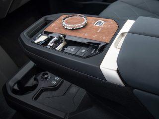 BMW iX 2021 21
