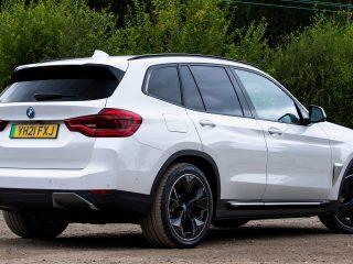 BMW iX3 2021 UK 6
