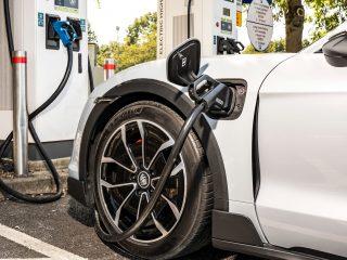 Porsche Taycan 4S Cross Turismo 2021 8