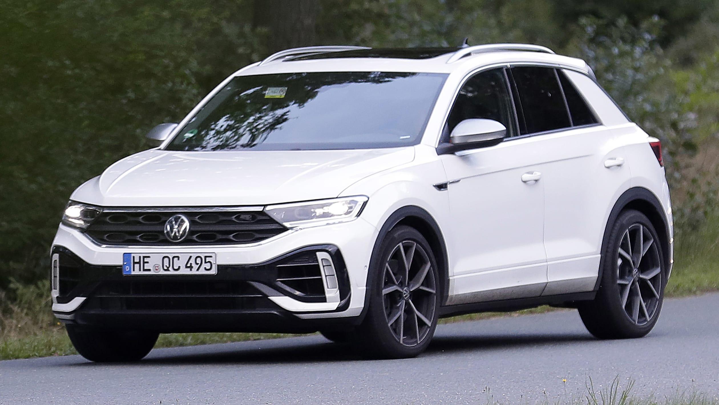Volkswagen T Roc R spyshots 3