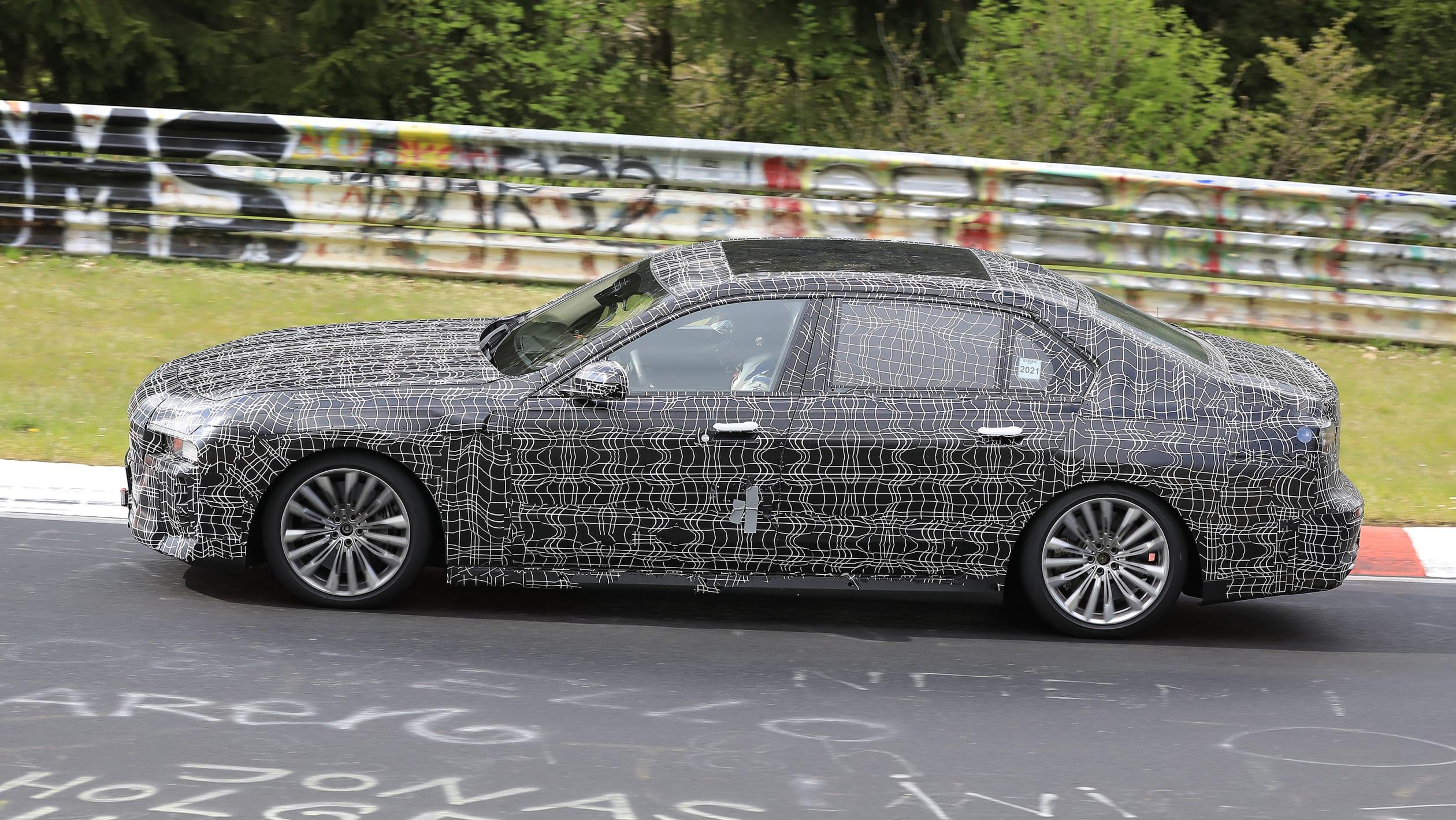 BMW 7 Series spy 2