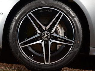 Mercedes C300e 2021 wheel detail