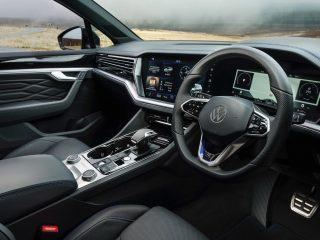 Volkswagen Touareg R 2022 review 6